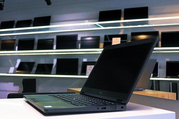 DELL 5480 i5-6300U 4GB 120GB SSD WIN 10 HOME