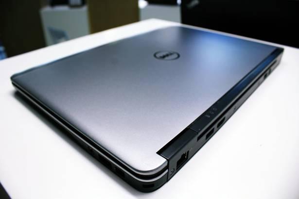 DELL E7240 i5-4300U 8GB 256GB SSD WIN 10 HOME
