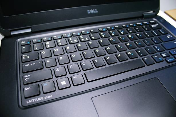 DELL E7450 i5-5300U 8GB 500GB WIN 10 HOME