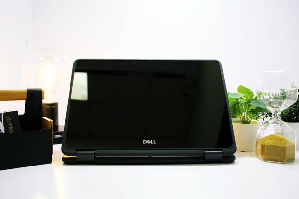 DOTYKOWY DELL 3190 2w1 N5000 8GB 240GB SSD WIN 10 HOME