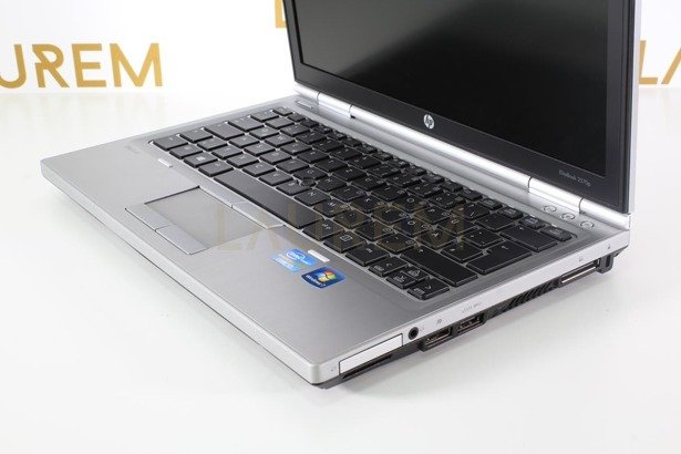 HP 2560p i7-2620M 8GB 240GB SSD WIN 10 HOME