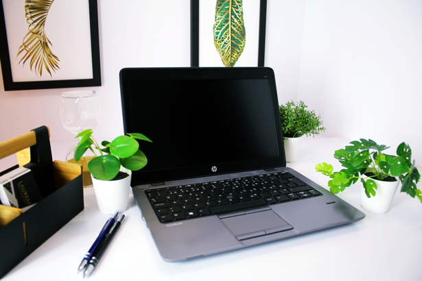 HP 820 G1 i5-4200U 16GB 480GB SSD